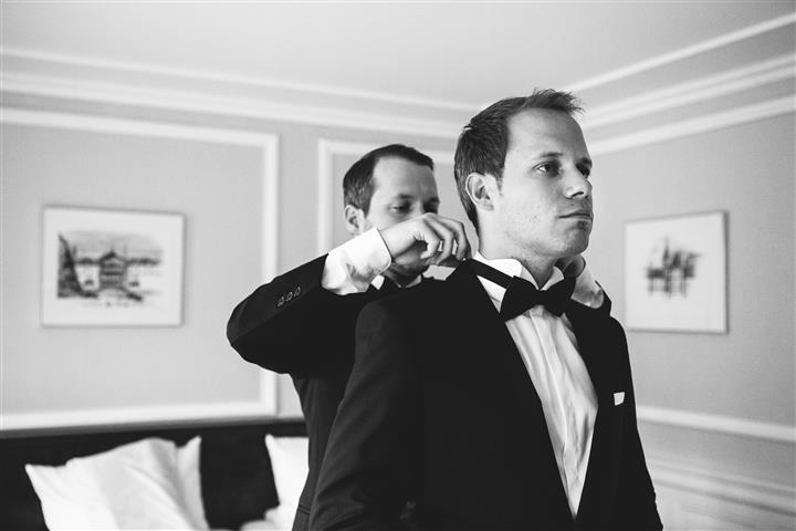 Smoking-Hochzeitsanzug-Fliege