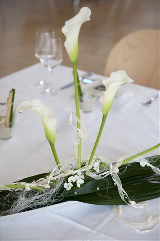 Elegante Outdoor Hochzeit Im Aargau Casino Wohlen Tischdeko Blumen
