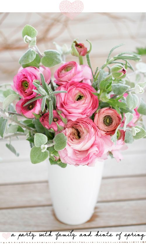 Ranunkel tischdeko rosa hochzeit mademoiselle no more for Rosa tischdeko
