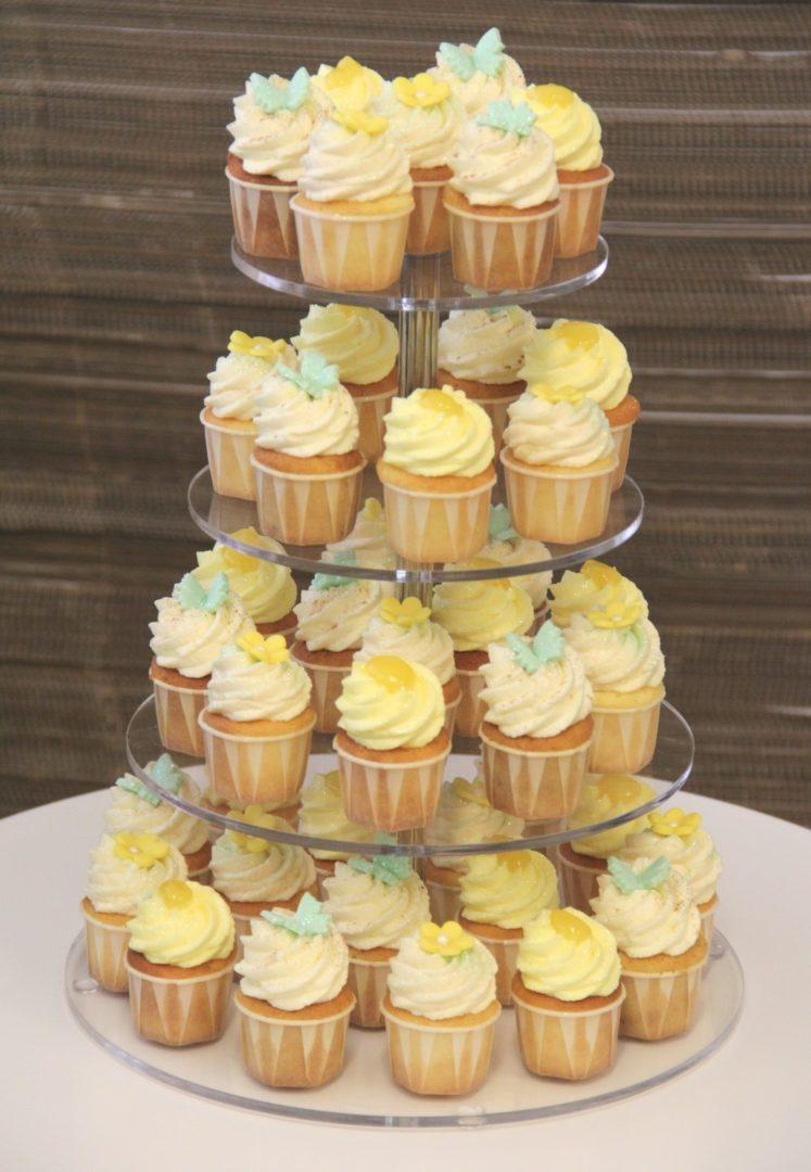 Cupcake Turm Hochzeit Fruehling Vintage Large Mademoiselle No