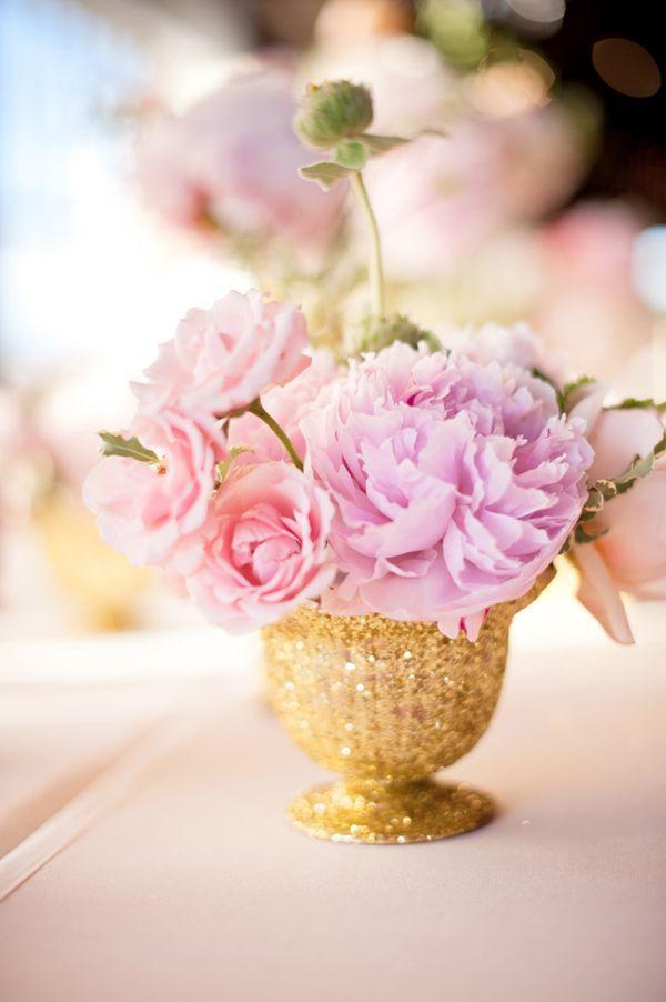 tischdeko pfingstrosen gold rosa lila hochzeit mademoiselle no more schweizer hochzeitsblog. Black Bedroom Furniture Sets. Home Design Ideas