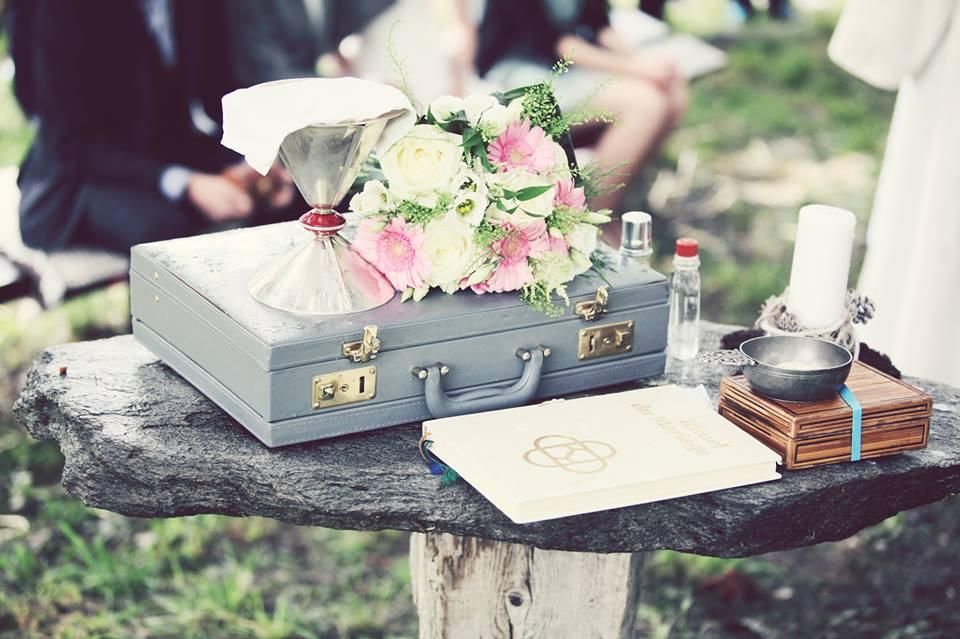 Hochzeit Ossona Wallis Tattoos Katholisch Trauung Regen Boho Outdoor