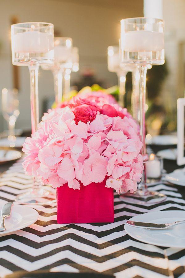 Tischdeko hortensien rosa pink rosen hochzeit for Rosa tischdeko
