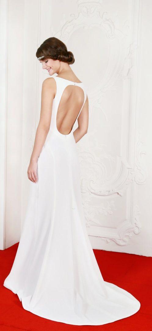 42 Diana Brautkleid Hochzeitskleid Rückenausschnitt Schleppe ...