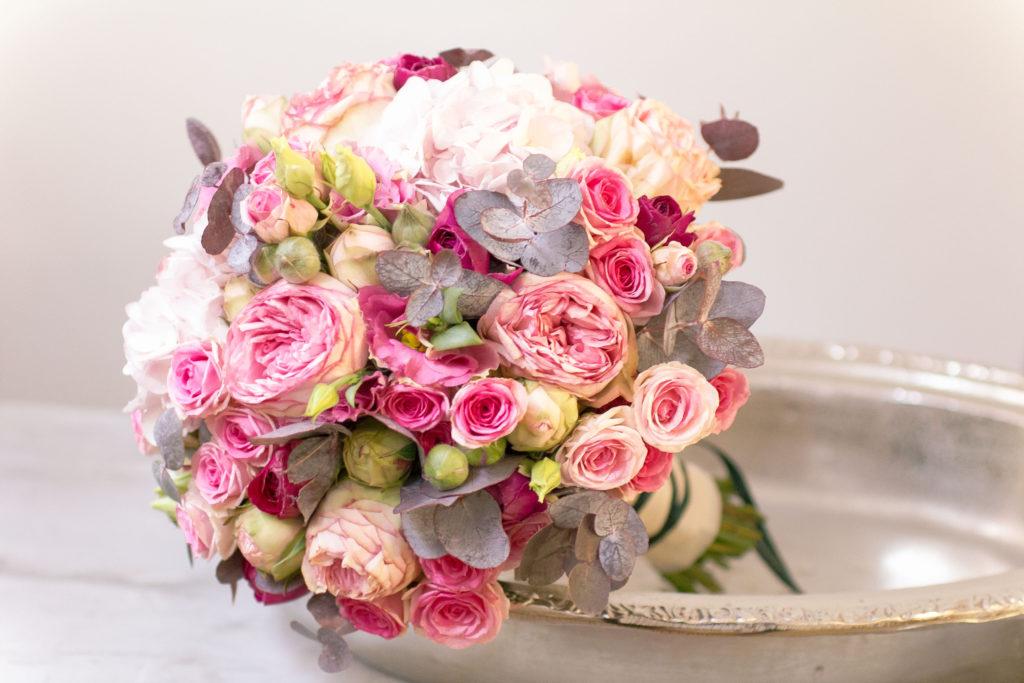 Brautstrauss Februar Winterhochzeit Saisonal Rosen Rose Pastell Pink Fuchsia